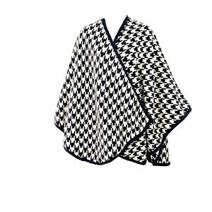 FOREVER 21 Blk Wht Houndstooth Poncho Scarf SZ SM